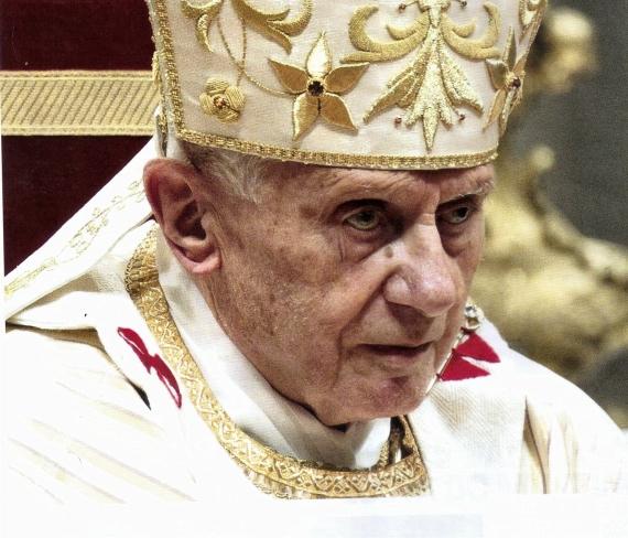 Bento XVI ao resignar